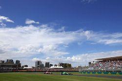 Jenson Button, McLaren F1 Takımı ve Marcus Ericsson, Caterham F1 Takımı