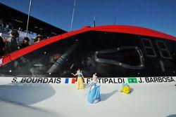 Personaggi dei cartoni sulla #5 Action Express Racing Corvette DP Chevrolet