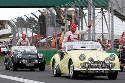 Jules Bianchi, Marussia F1 Takımı ve takım arkadaşı Max Chilton, Marussia F1 Takımı pilot geçiş töre