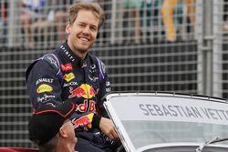 Sebastian Vettel, Red Bull Racing, tijdens de rijdersparade