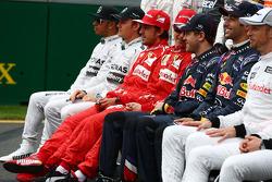 Les pilotes lors d'une photo de groupe