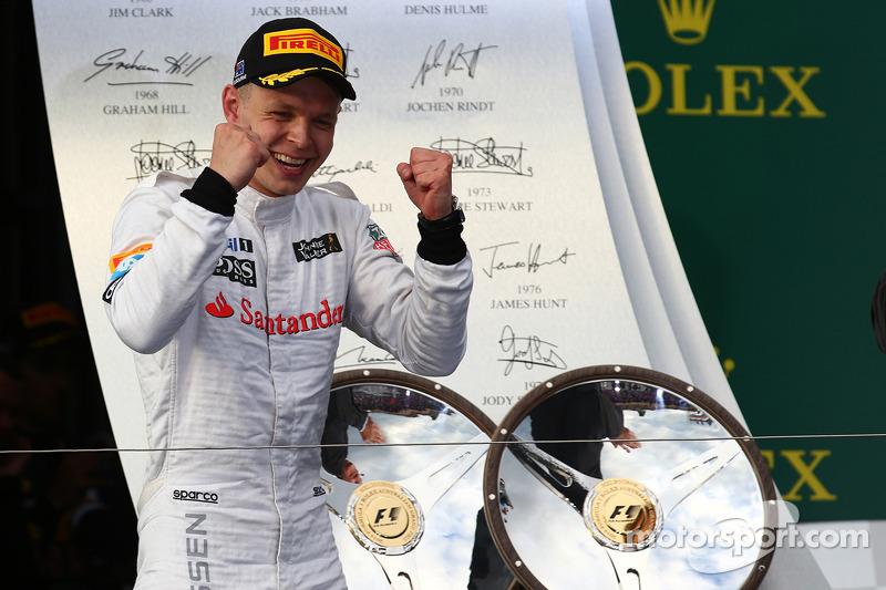 Kevin Magnussen (1 podio)
