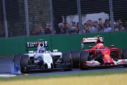 Valtteri Bottas, Williams F1 Team et Kimi Raikkonen, Scuderia Ferrari 16
