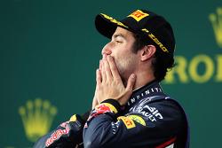 Daniel Ricciardo sur le podium