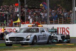 Nico Rosberg, Mercedes AMG F1 W05 leads behind the FIA Safety Car