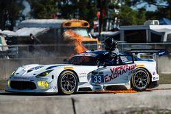 Grande incendio per la #33 Riley Motorsports SRT Viper GT3-R: Ben Keating