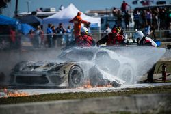 Incendie majeur : #33 Riley Motorsports SRT Viper GT3-R