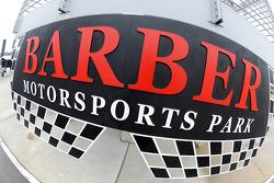 巴伯赛车运动公园