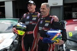 Chrome Edition Restart车队的阿隆·史密斯和阿兰·曼纽