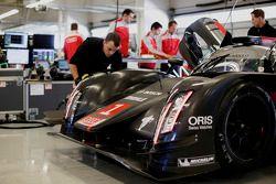 Audi R18 e-tron quattro test