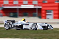 Jarno Trulli tests Spark-Renault SRT-01E