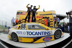 Vencedores Felipe Fraga e Rodrigo Sperafico, Vogel Motorsport Chevrolet