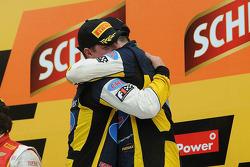 获胜者 Felipe Fraga,和Rodrigo Sperafico, Vogel雪佛兰车队