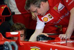 Fernando Alonso, Ferrari F14-T with Pat Fry, Ferrari Deputy Technical Director and Head of Race Engi