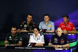 La conferenza stampa FIA: Federico Gastaldi, Lotus F1 Team Vice Team Principal; Paul Hembery, Direttore Motorsport Pirelli; Graeme Lowdon, Marussia F1 Team Amministratore Delegato; Cyril Abiteboul, Caterham F1 Team Principal; Monisha Kaltenborn, Sauber T