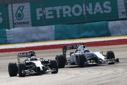 Kevin Magnussen, McLaren MP4-29; Felipe Massa, Williams FW36