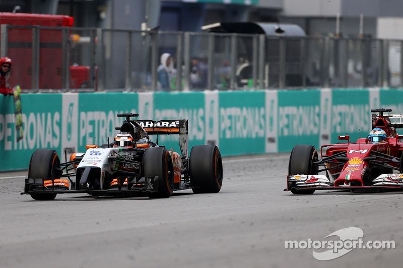 Nico Hülkenberg (GER), Sahara Force India; Fernando Alonso (ESP), Scuderia Ferrari 30