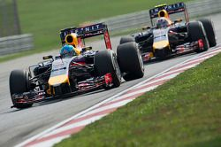 Sebastian Vettel, Red Bull Racing RB10 y Daniel Ricciardo, Red Bull Racing RB10