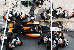 Boxenstopp: Nico Hülkenberg, Sahara Force India F1 VJM07