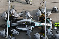 Boxenstopp: Nico Rosberg, Mercedes AMG F1