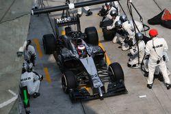 Jenson Button, McLaren MP4-29 pit stop