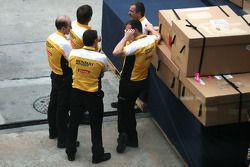 Renault engineers 30