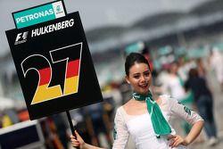 Nico Hulkenberg (GER), Sahara Force India, grid girl 30