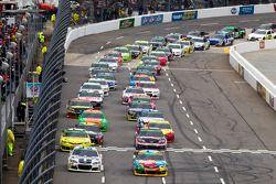 Départ : Kyle Busch, Joe Gibbs Racing Toyota