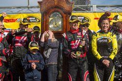 Racewinnaar Kurt Busch, Stewart-Haas Racing Chevrolet