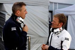 宝马RBM车队的巴特·曼派尔与宝马RMG车队的斯特凡·莱因霍尔德