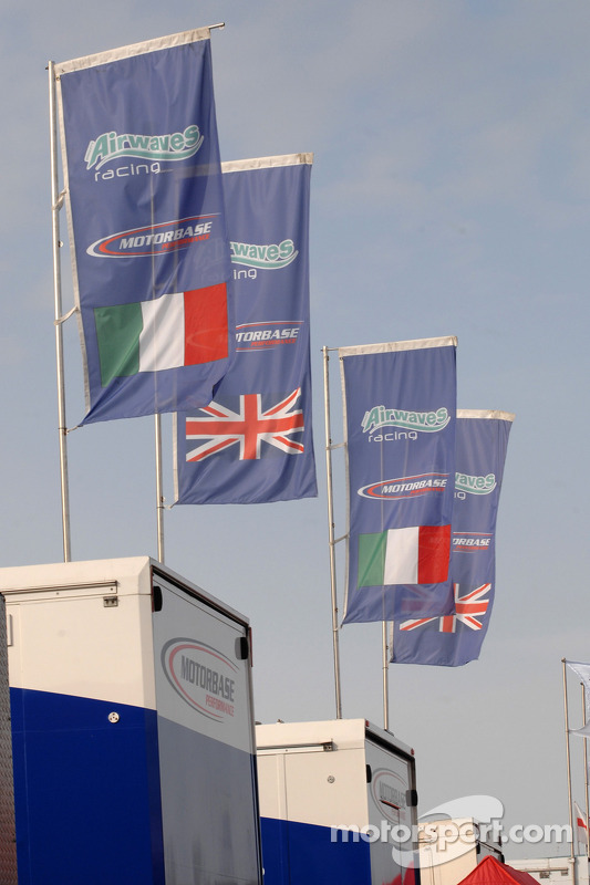 Bandeira da Airwaves Racing