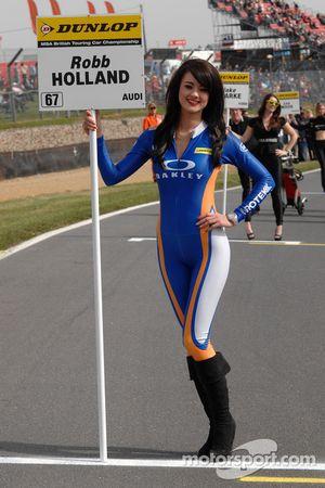 Rotek Racing grid kızı