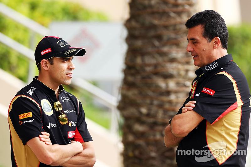 (L to R): Pastor Maldonado, Lotus F1 Team with Federico Gastaldi, Lotus F1 Team Deputy Team Principal