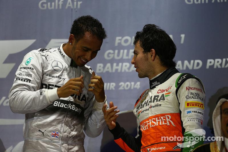 Lewis Hamilton, Mercedes AMG F1 y Sergio Pérez, Sahara Force India F1