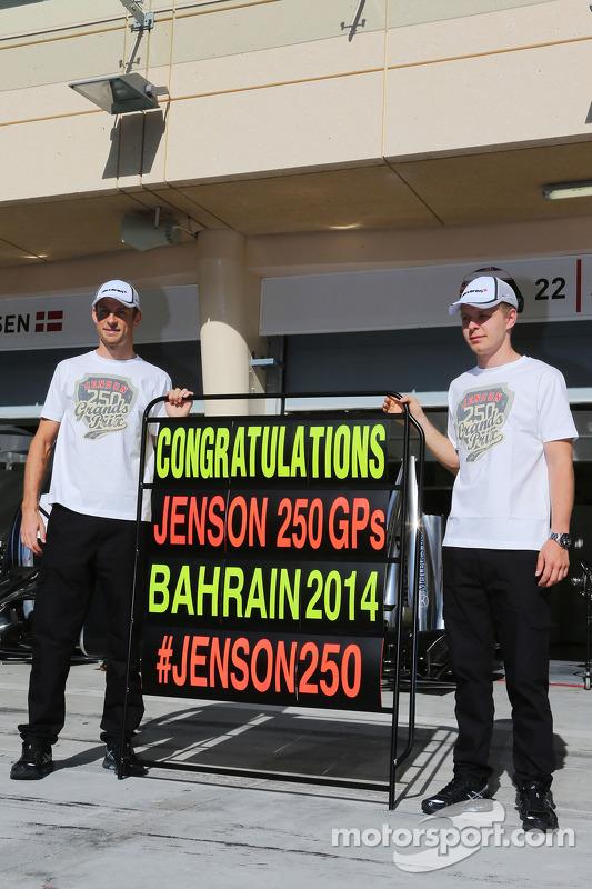 Jenson Button, McLaren; Kevin Magnussen, McLaren