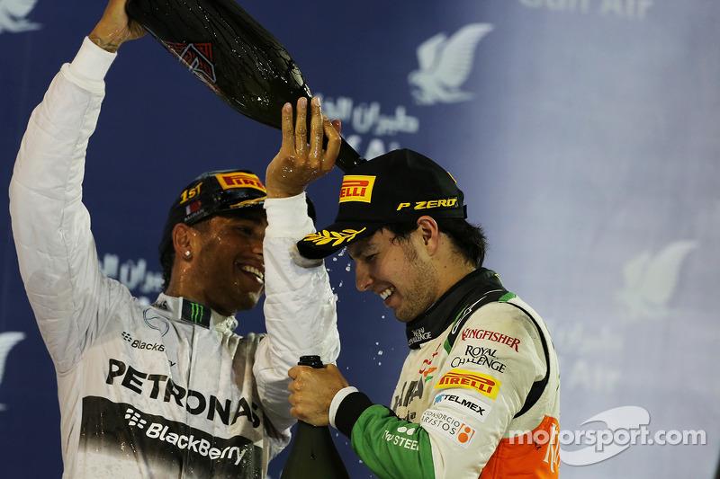 El podio, Mercedes AMG F1 celebra con el tercer puesto Sergio Pérez, Sahara Force India F1