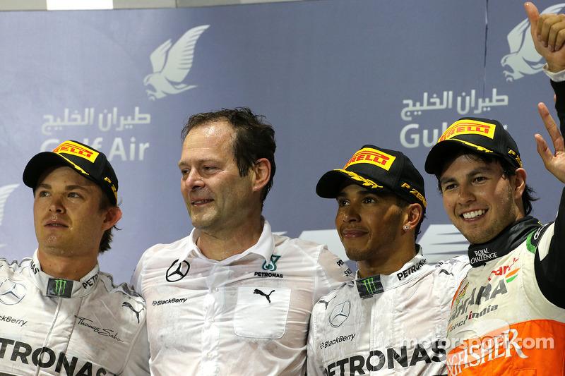 Lewis Hamilton, Mercedes AMG F1 Team y Nico Rosberg, Mercedes AMG F1 Team y Sergio Pérez, Sahara For