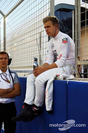 Kevin Magnussen, McLaren en la parrilla