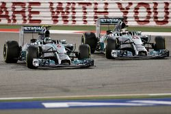 Lewis Hamilton, Mercedes AMG F1 Team and Nico Rosberg, Mercedes AMG F1 Team 06