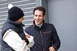 Damon Hill chats with Bruno Senna