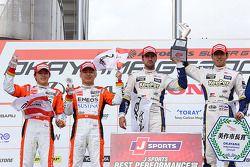 GT500 winnaars Daizuke Ito en Andrea Caldarelli, tweede plaats Kazuya Oshima, Yuji Kunimoto