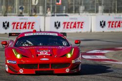 #62 Risi Competizione Ferrari F458 Italia: Giancarlo Fisichella, Dane Cameron