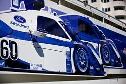 Michael Shank Racing, caravan