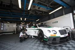 #7 M-Sport Bentley Bentley Continental GT3: Guy Smith, Steven Kane, Andy Meyrick