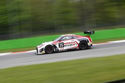 #35 Nissan GT Academy Team RJN Nissan GT-R Nismo GT3: Mark Shulzhitskly, Miguel Faisca, Katsumasa Ch