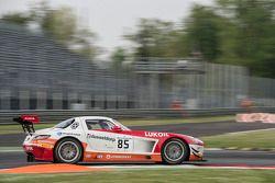 #85 HTP Motorsport 梅赛德斯 SLS AMG GT3: 斯特夫·杜塞尔多普, 谢廖金·阿法纳谢夫, 卢卡·沃尔夫