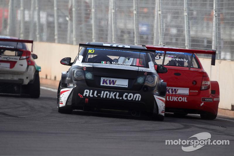Gianni Morbidelli, Chevrolet RML Cruze TC1, ALL-INKL_COM Munnich Motorsport ve Mikhail Kozlovskiy, LADA Granta 1.6T, LADA Sport Lukoil