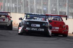 Gianni Morbidelli, Chevrolet RML Cruze TC1, ALL-INKL_COM Munnich Motorsport et Mikhail Kozlovskiy, LADA Granta 1.6T, LADA Sport Lukoil