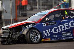 Crash, Tom Coronel, Cevrolet RML Cruze TC1, Roal Motorsport