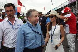 Francois Ribeiro, Eurosport and Jean Todt, President FIA with his wife Michelle Yeoh